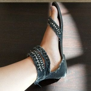 Black denim sandals with studs